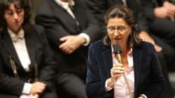Agnès Buzyn assure qu'elle n'a jamais voulu l'interdiction de la cigarette au