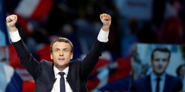 Emmanuel Macron lors de son meeting à Paris, lundi 17 avril 2017.
