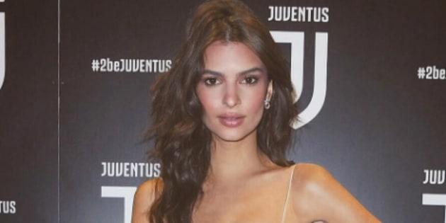 Emily Ratajkowski à la soirée de présentation du nouveau logo de la Juventus de Turin ce 16 janvier 2017