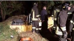 Frana a Crotone durante lavori di emergenza, quattro persone restano