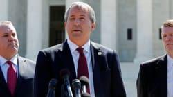 Après la tuerie de Sutherland, ce responsable républicain texan veut plus d'armes dans les
