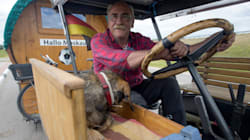 2300 chilometri a 20 all'ora. Il tifoso va in Russia col trattore per tifare la sua