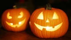 La original calabaza de Halloween 'lactante' de una madre que da el pecho a su