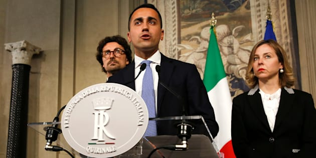 Anti-establishment 5-Star Movement leader Luigi Di Maio speaks to the media during the second day of consultations with the Italian President Sergio Mattarella at the Quirinal Palace in Rome, Italy, April 5, 2018.  REUTERS/Alessandro Bianchi