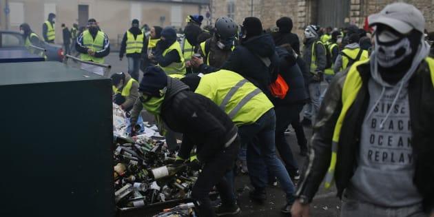 Photographie prise lors de la manifestation des gilets jaunes à Bourges le 12 janvier (illustration).