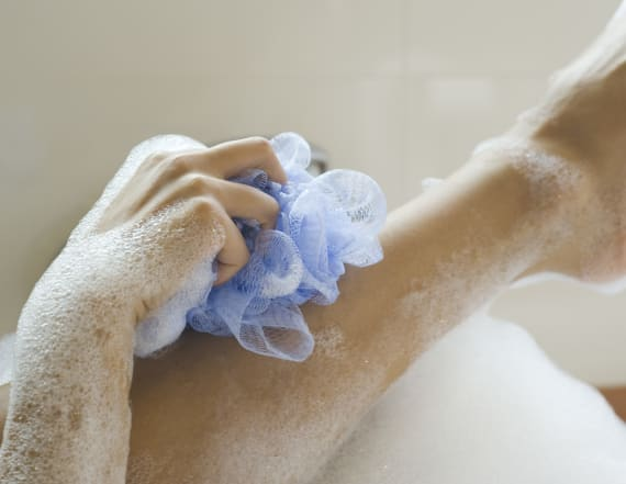 Why dermatologists don't use loofahs