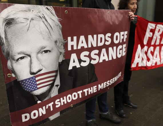 Extradition hearing begins for WikiLeaks founder