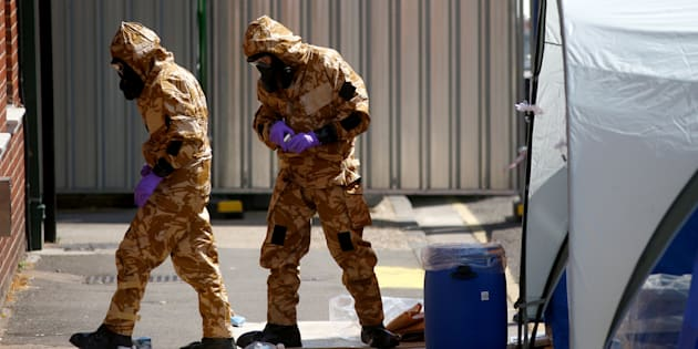 Une des victimes exposée à un agent innervant est morte — Angleterre