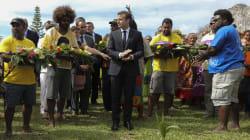 Après un chêne à Washington, Macron a planté un autre arbre très symbolique à