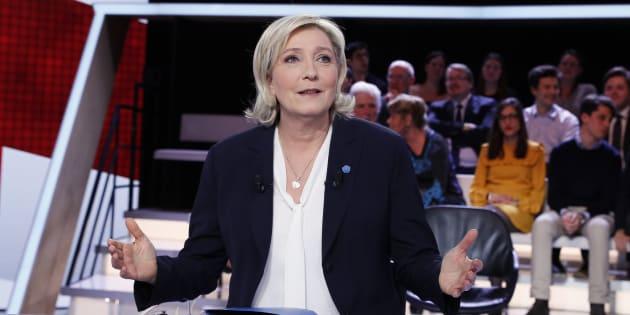 Marine Le Pen sur le plateau de L'Emission politique en janvier 2017.
