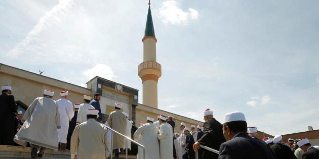 L'Austria chiude 7 moschee ed espelle gli imam