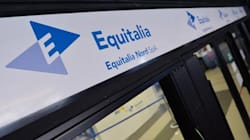 Tasse e multe: un italiano su tre ha debiti con Equitalia. Una cifra pari alla metà dell'intero