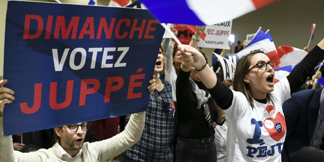 Des supporters d'Alain Juppé durant un meeting à Toulouse, le 22 novembre 2016.