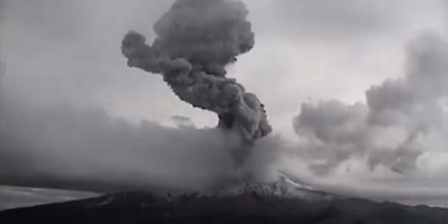 Imagen de la explosión del Popocatépetl, ocurrida el martes 30 de enero a las 16:21 horas.