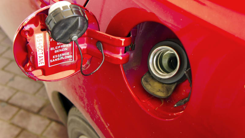 Lost gas cap check engine light issues and fix | Autoblog