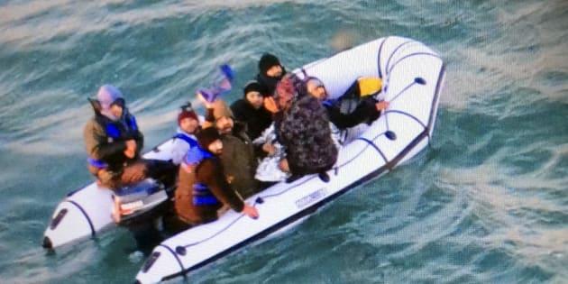 Le Royaume-Uni renforce ses contrôles en mer — Migrants