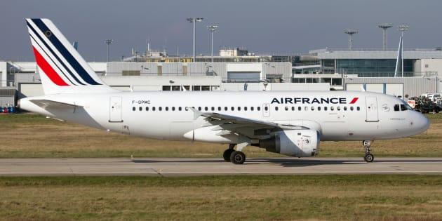 Grève à Air France: 30% des vols annulés, taux le plus élevé depuis le début du conflit