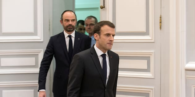 Emmanuel Macron et Edouard Philippe après un conseil de Défense à l'Elysée le 24 mars.