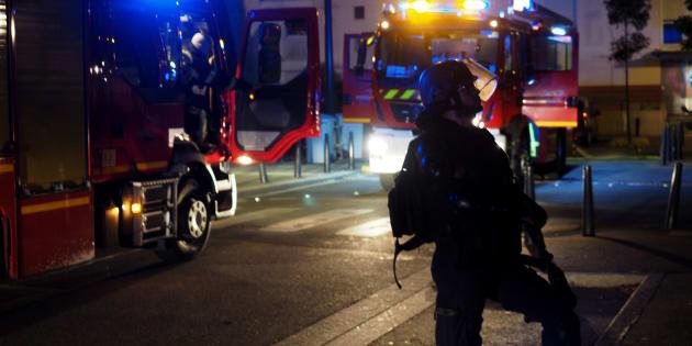 À Nantes, retour au calme malgré quelques voitures brûlées pendant la nuit.