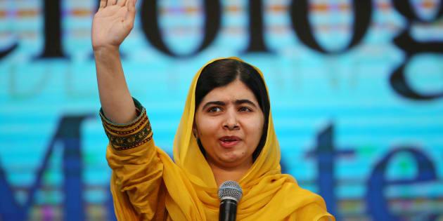 """Malala, venceu o Prêmio Nobel da Paz em 2014, por sua """"luta contra a supressão das crianças e jovens e pelo direito de todos à educação""""."""
