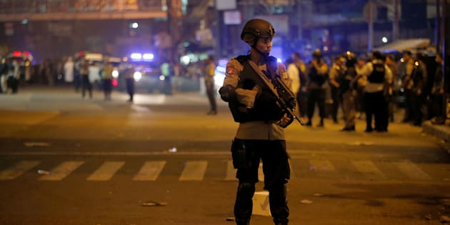 Indonesia: due esplosioni a Giacarta