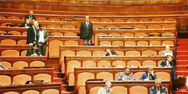 La Lega se ne infischia di Borsellino. Banchi vuoti al Senato durante le commemorazioni per la strage di via ...