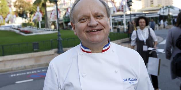 Joël Robuchon aimait marier le caviar et le chou-fleur, mais il chérissait tout autant le côté bistro canaille.