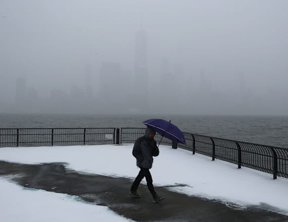 Howling winds, snow set to hammer U.S. swath