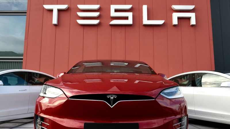 Tesla, Michigan reach agreement to deliver cars to state