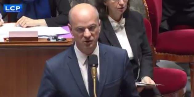 """Jean-Michel Blanquer porte plainte pour diffamation contre un syndicat qui dénonce un """"racisme d'État""""."""