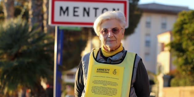 """MartineLandry (ici en décembre 2017 à la frontière franco-italienne), poursuivie pour """"délit de solidarité"""", relaxée"""