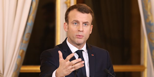 """Macron veut réduire de """"quasi la moitié"""" le nombre de membres du Cese."""