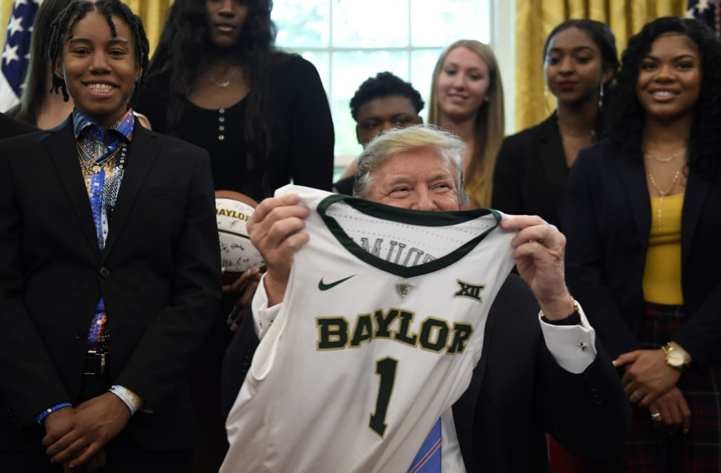 982dfc38755 Baylor women's basketball team visits Donald Trump at White House, becomes  latest NCAA champion served fast food