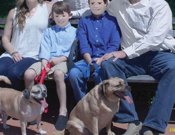 You need to see this family's photoshop fail