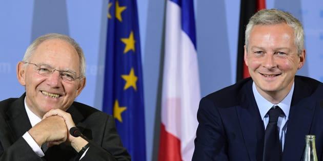 Bruno Le Maire avec le ministre allemand des Finances Wolfgang Schaeuble en conférence de presse à Berlin, le 22 mai 2017.