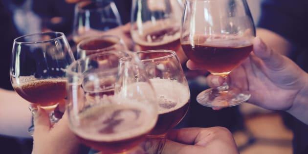 5 idées reçues sur la bière brune.