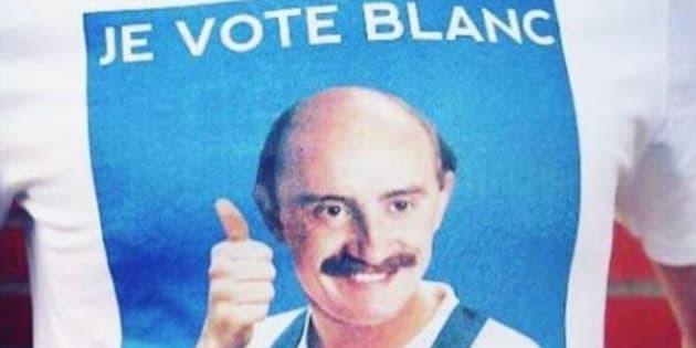 """Le t-shirt """"Je vote Blanc"""" de Guillaume Canet"""