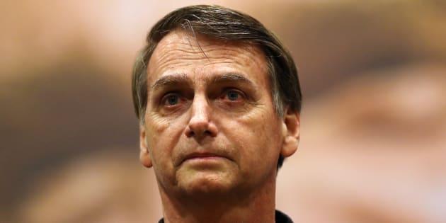 Jair Bolsonaro chora em horário eleitoral gratuito.