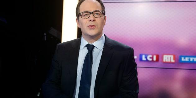 """Emmanuel Maurel, le candidat socialiste, sosie de Hollande """"préférerait ressembler à Brad Pitt""""."""