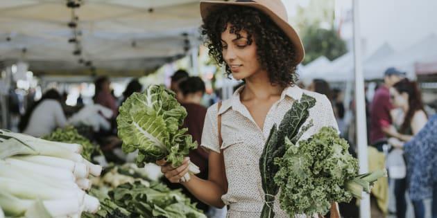 Les personnes qui mangent bio auraient 25% moins de risque d'avoir un cancer.