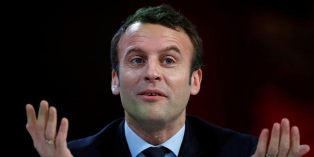 """Macron parle des rumeurs dans Têtu: """"Si j'avais été homosexuel, je le dirais et je le vivrais"""""""