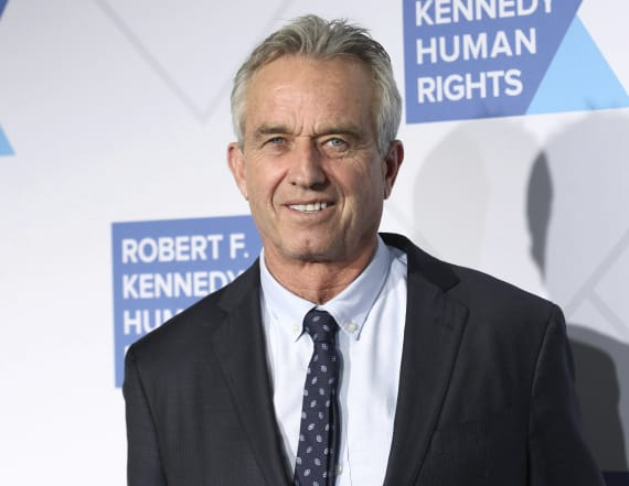 RFK Jr: 'We've destroyed the middle class'