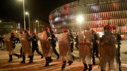 Un policier meurt après des violences de supporters avant Athletic Bilbao-Spartak