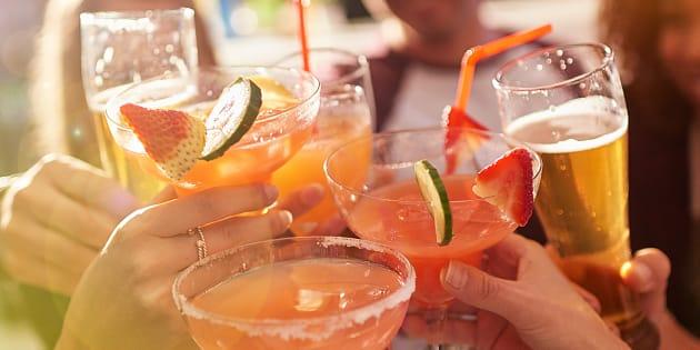 Despenalizan venta de alcohol a menores de edad en Edomex