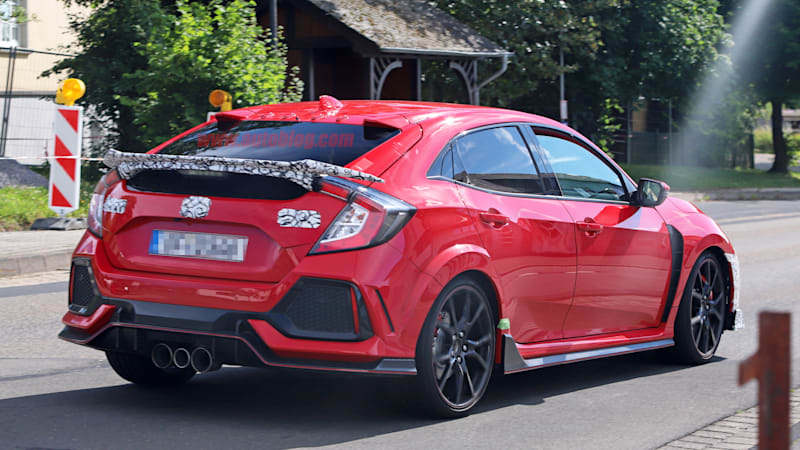 Honda civic type r refresh spied at nurburgring autoblog for 2018 honda civic type r 0 60