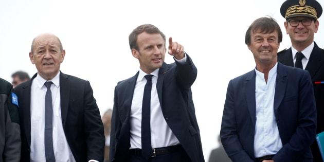 Le président Emmanuel Macron au côté de son ministre de la Défense Jean-Yves Le Drian et du ministre de la Transition écologique Nicolas Hulot.