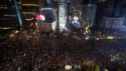 Un million de personnes défilent en Corée du sud pour demander la démission de la présidente Park