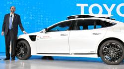 トヨタが自動運転の新実験車 高級車「レクサス」がベース
