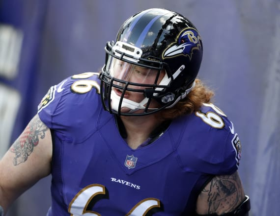 Bucs make ex-Raven the NFL's highest-paid center