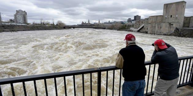 Inondation En Beauce Et Plusieurs Cours D Eau Sous